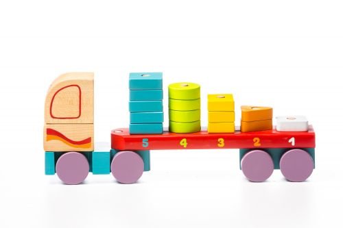 Wooden car Truck with figures LM-13
