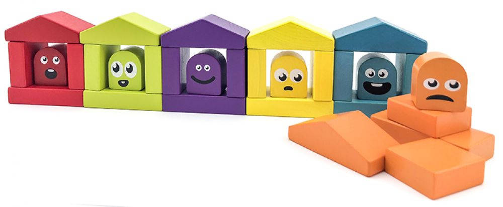 Attīstošs koka kluču komplekts EKO Krāsainas mājas